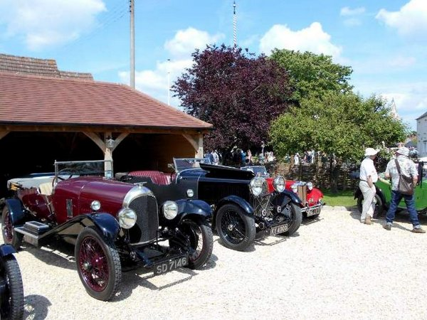 Street Fair Vintage Cars